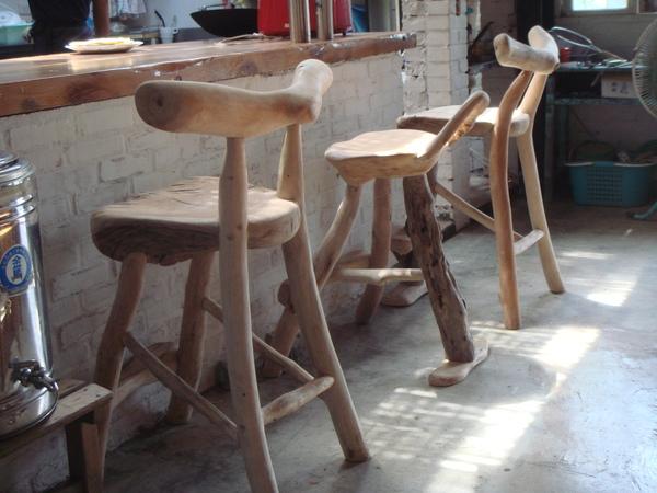 流木製椅子