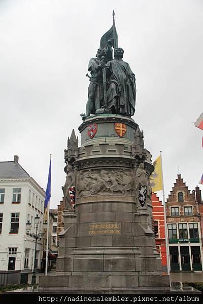 比利時Belgium 布魯日Brugge - 布雷德爾和彼得可尼的雕像(Grote Markt, Jan Breydel & Pieter de Coninck - Bruges/Brugge)