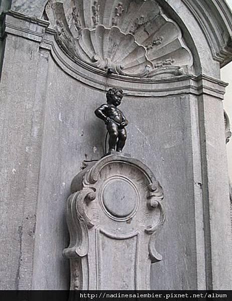 比利時布魯塞爾大廣場Grand Place,Grote Markt , Grand Place –比利時尿尿小童小于連Manneken Pi (恆溫街Rue de L'Etuve橡樹街Rue du Chene  Brussels,Bruxelles)
