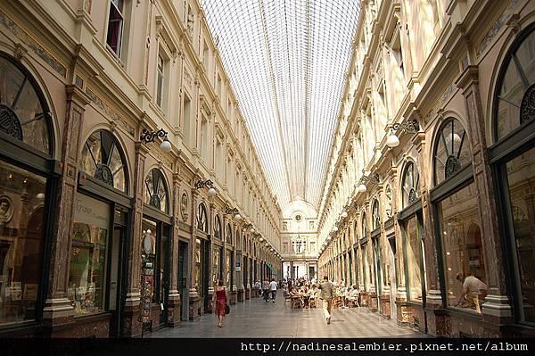 比利時布魯塞爾大廣場Grand Place,Grote Markt , Grand Place –聖赫伯特購物拱廊-Galeries Saint-Hubert (恆溫街Rue de L'Etuve橡樹街Rue du Chene  Brussels,Bruxelles)
