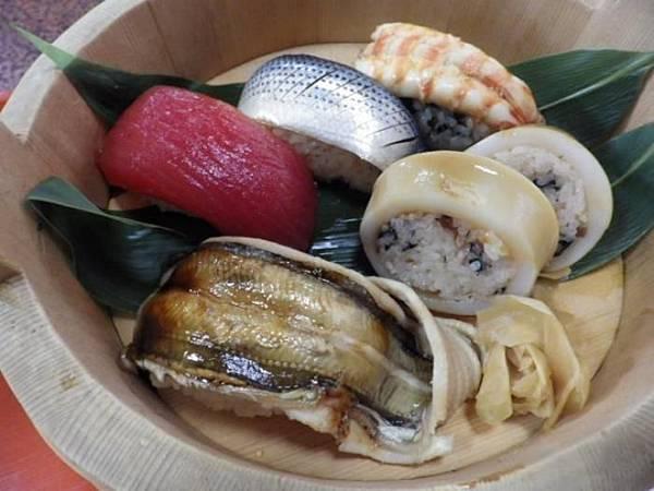 江戸時代の寿司を再現1.jpg