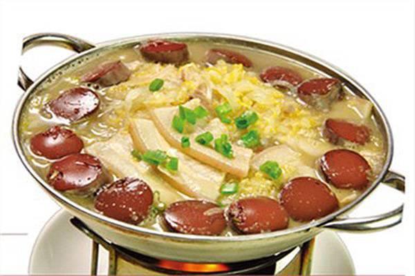 酸菜汆白肉寫腸.jpg