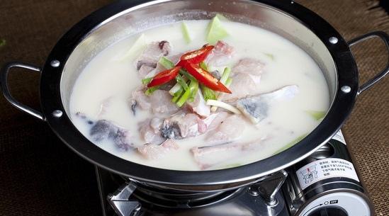 豆漿煮雜魚.jpg