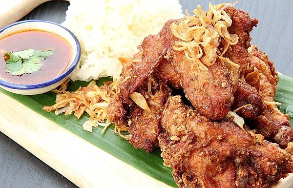 hat yai fried chicken.jpg