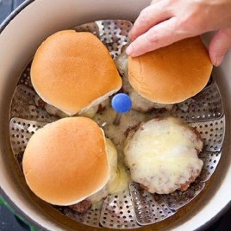 steamed cheeseburger1.jpg