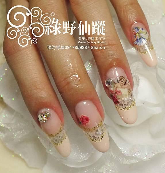 【光療指甲】20110713 延甲光療+寫真貼紙夾心.jpg