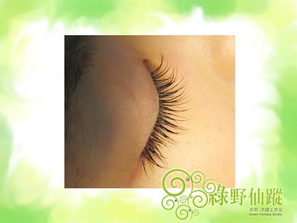 小資女孩風-自然濃密型嫁接睫毛  約雙眼睫毛根數120~130根