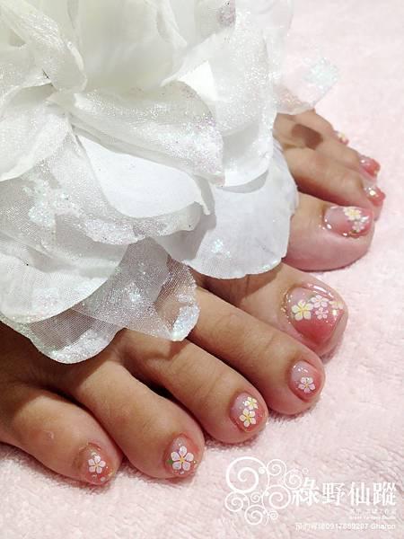 【光療指甲】欣煦老師的七月專案漸層足部光療指甲