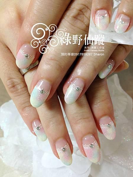【光療指甲】柔美的多色暈染光療指甲