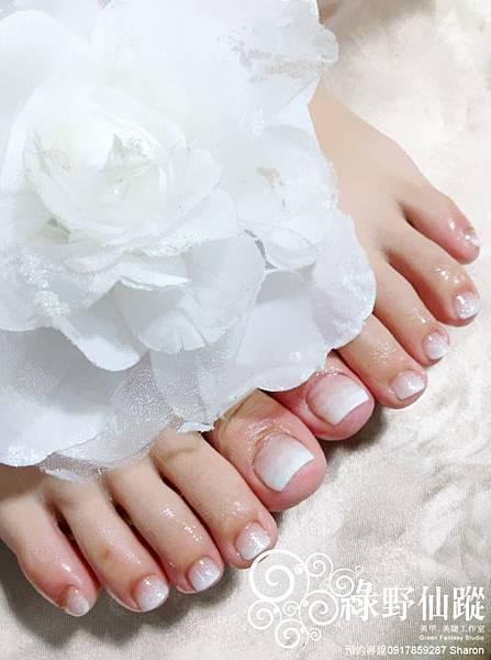 【足部光療指甲】氣質優雅的白色漸層光療