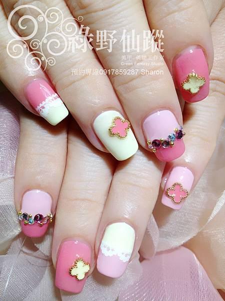 【光療指甲】粉嫩可愛版的拼接光療美甲