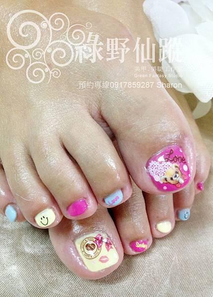【光療指甲】榕榕的可愛跳色足部光療美甲