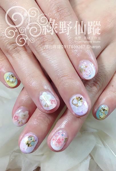 【光療指甲】超短指甲的美麗造型光療指甲