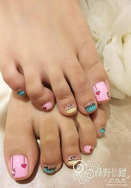 【足部光療指甲】可愛款純手繪足部光療指甲
