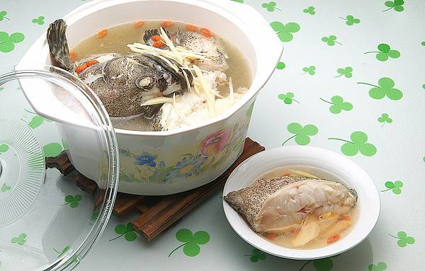 花旗蔘鮮魚湯