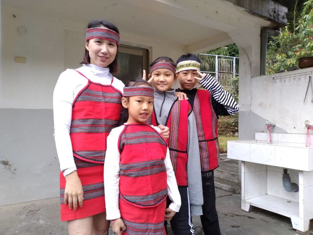 8 youth dance.jpg