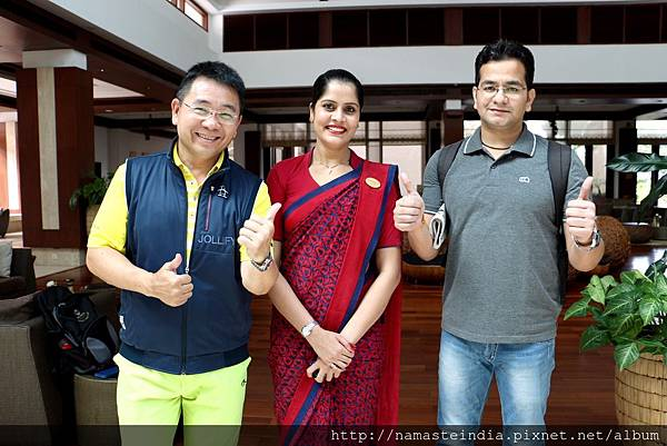 左起世群旅行社董事長葈庭林、Jaypee Greens Golf&Spa Resort Lobby Manager Kusum Malik、Top Travel & Tours Manager Lalit Kumar 。2016 李瓊珠。世群旅行社.jpg
