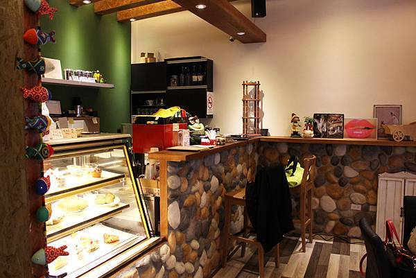 6M.E. Coffee Shop.JPG