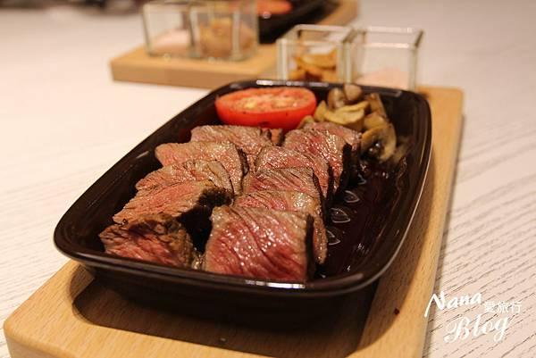 台中梨子咖啡館 親子餐廳 (36).JPG
