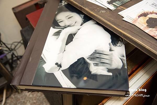 台中自助婚紗 藝術照  瘋自拍 專業攝影棚 (14).JPG