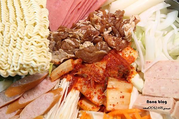 苗栗頭份餐廳 韓洋館 (37).JPG