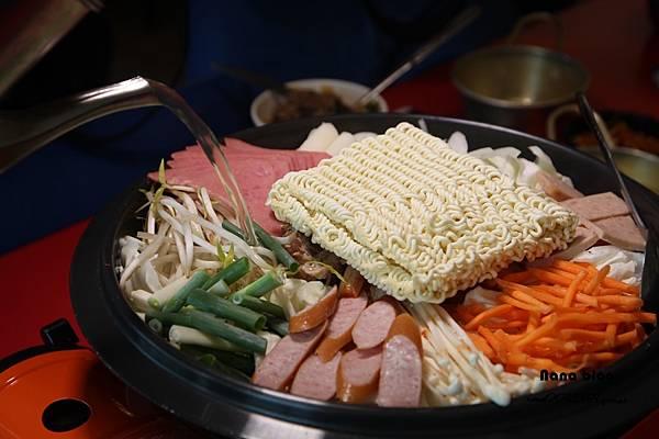 苗栗頭份餐廳 韓洋館 (38).JPG
