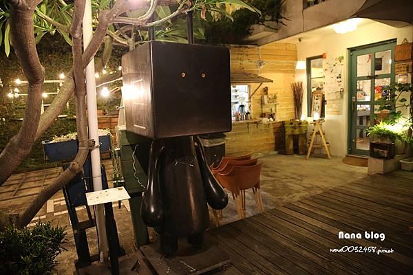 台中寵物友善餐廳-R星咖啡 (2).JPG