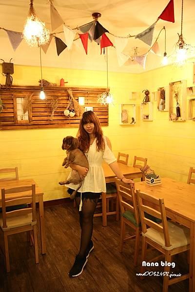 台中寵物友善餐廳-R星咖啡 (59).JPG