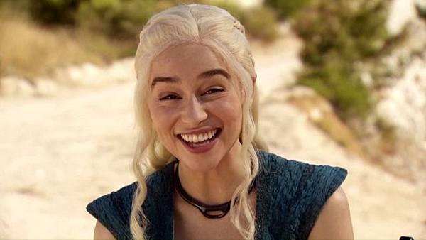 emilia-clarke-plays-daenerys-targaryen-in-the-hbo-hit-series-game-of-thrones.jpg