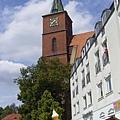 城中到處有中世紀遺跡