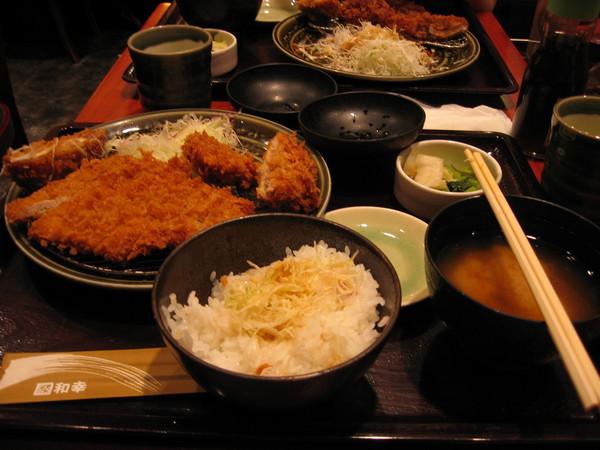 我的晚餐-和幸豬排!!