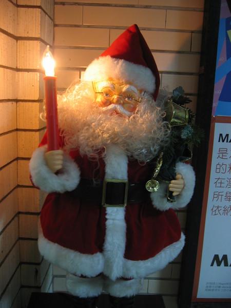 宿舍內的聖誕老公公