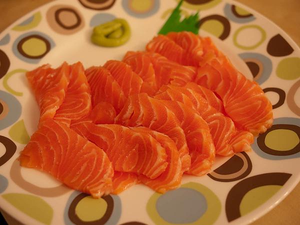 好吃的生魚片