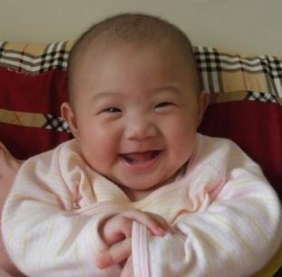 寶貝微笑暖冬季