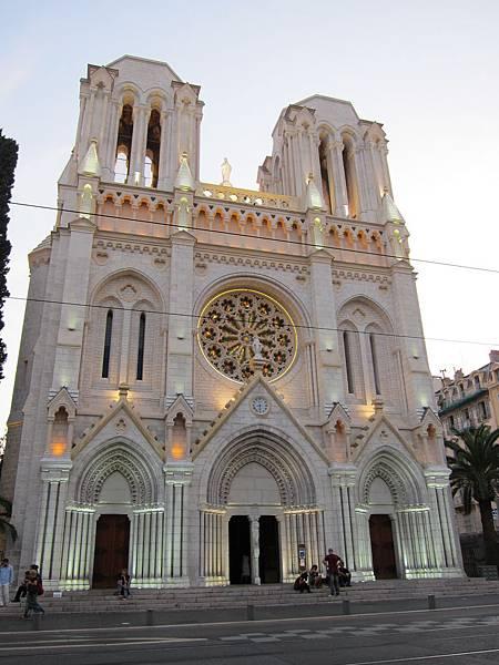 尼斯的聖母院,也很美