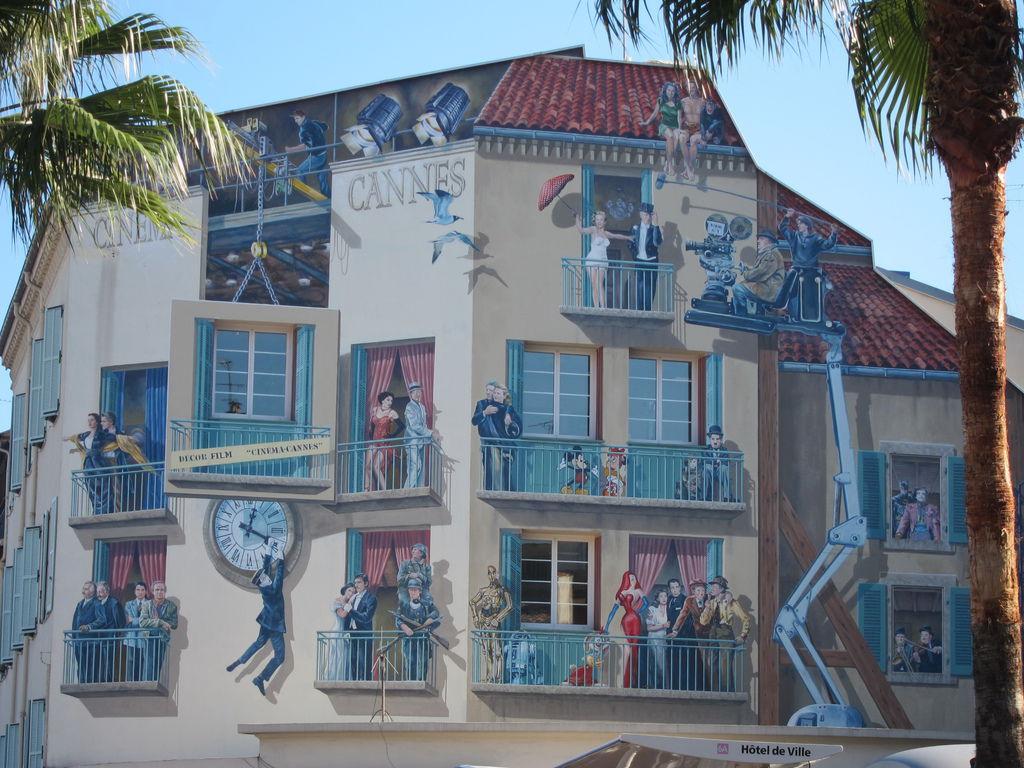 近看這些壁畫,酷斃了! @ Cannes 坎城 France