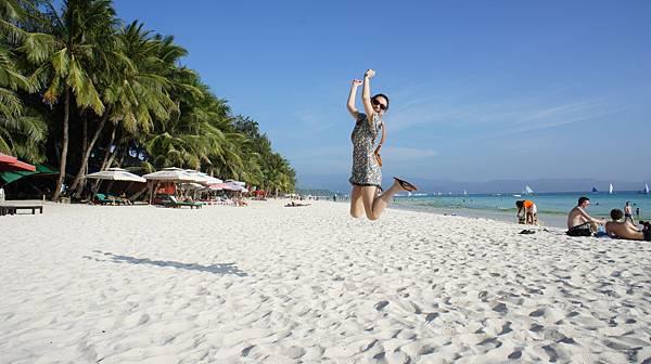 看到長灘島美麗的海灘好興奮啊~~來跳跳跳一下吧!!!