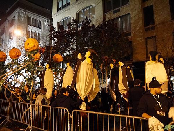 halloween parade_149.JPG