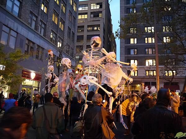 halloween parade_104.JPG