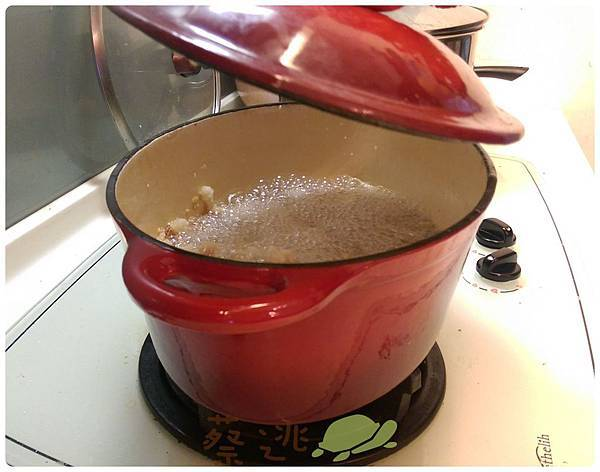 鑄鐵鍋炸豬油1