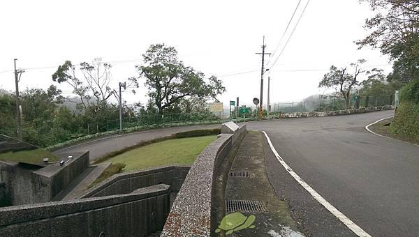 單車路線-南港找茶園 鹿窟事件紀念碑4.jpg