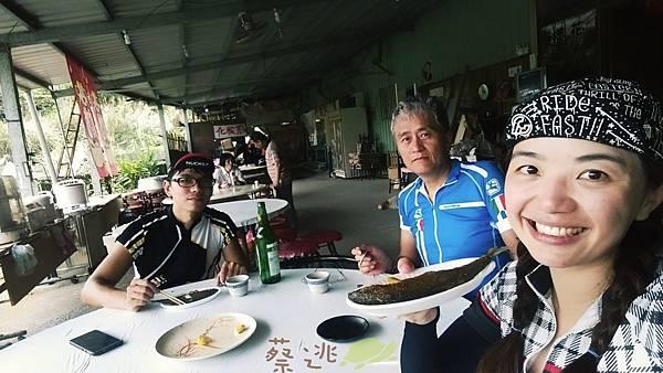坪林五星級單車道金瓜寮吃香魚59.jpg