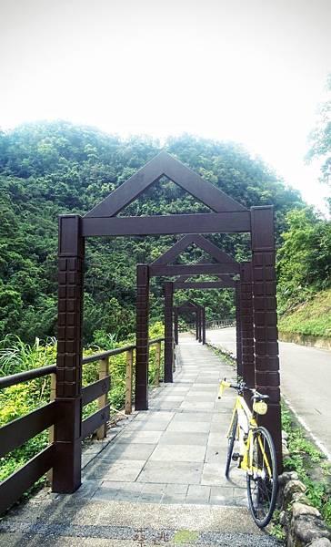坪林五星級單車道金瓜寮吃香魚43.jpg