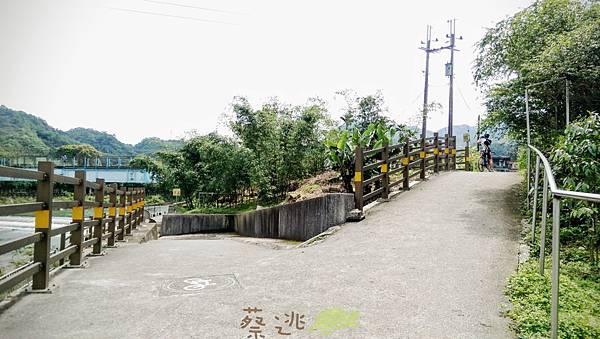 坪林五星級單車道金瓜寮吃香魚20.jpg