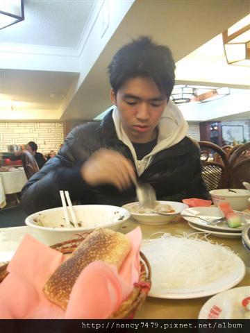 正餐不吃吃便宜貨高拐人