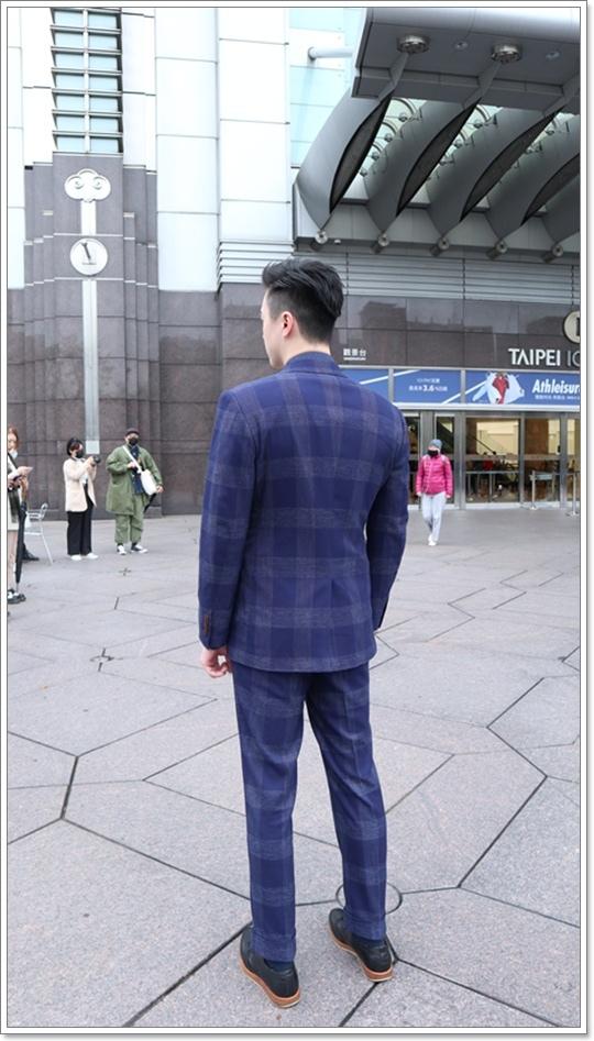 suitwalk肩線.JPG