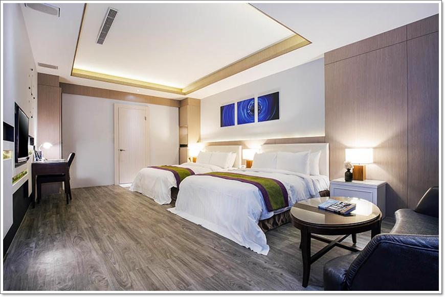 room-21-big-1.jpg