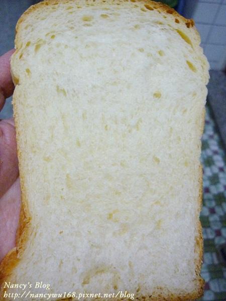 老麵牛奶吐司-4.JPG