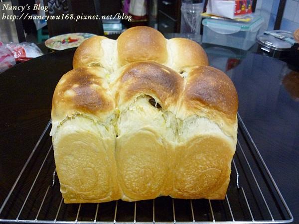 地瓜葡萄乾乳酪吐司-1.JPG