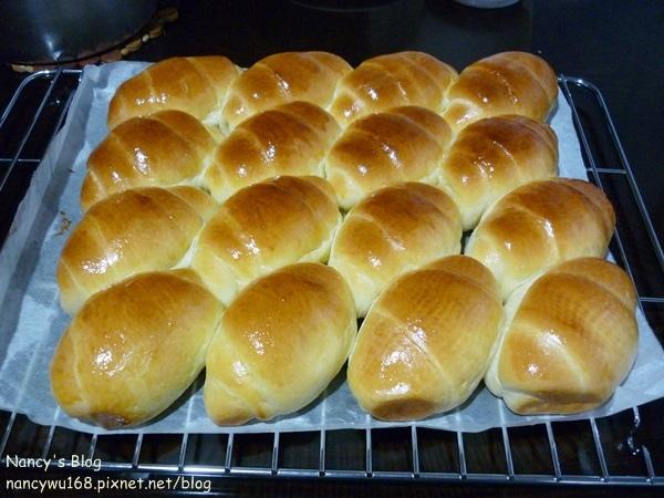 奶香麵包.JPG